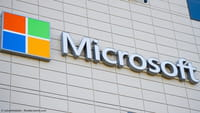 Microsoft Plans Broadband Over Airwaves