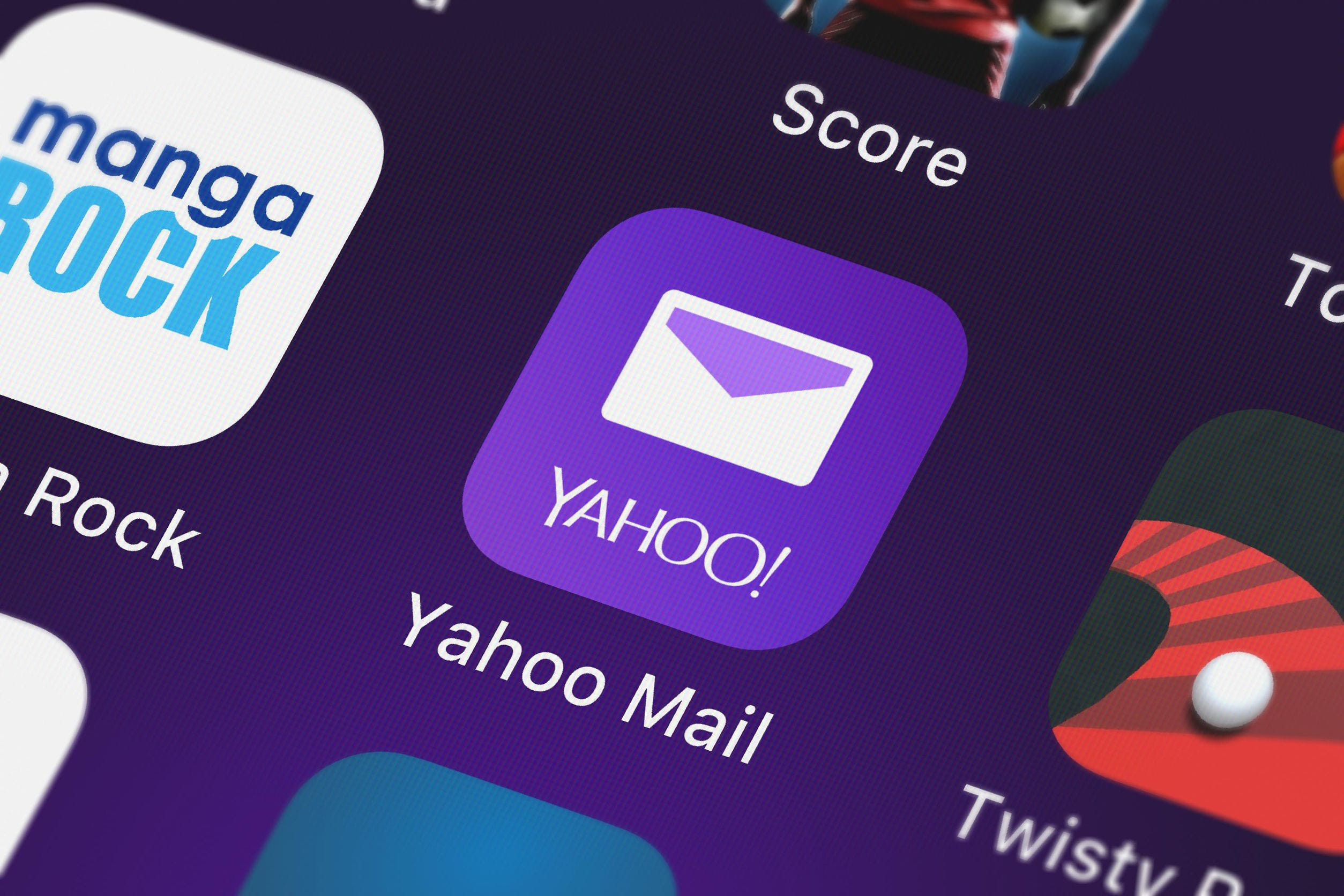 How To Create a New Yahoo Email Account - CCM