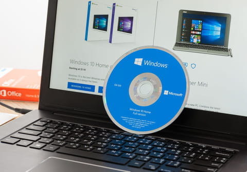 Reinstall Windows 10without losing data: via USB or ISO