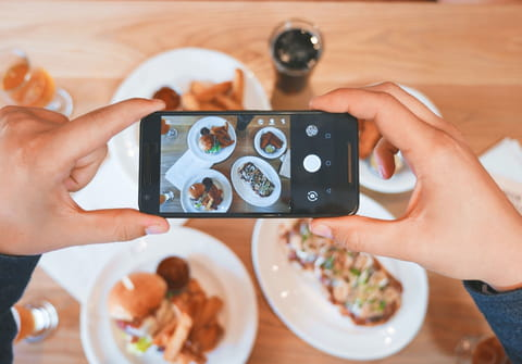 Select a phone's default camera on Instagram