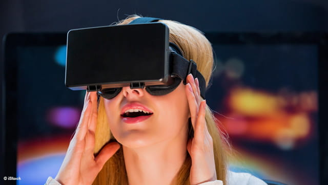 VR Headsets Get Connector Standard Boost