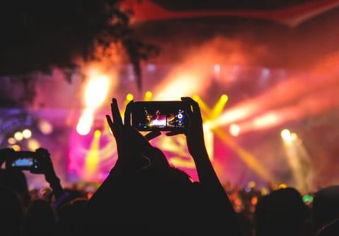 Download Instagram videos: online, story, reels, MP4